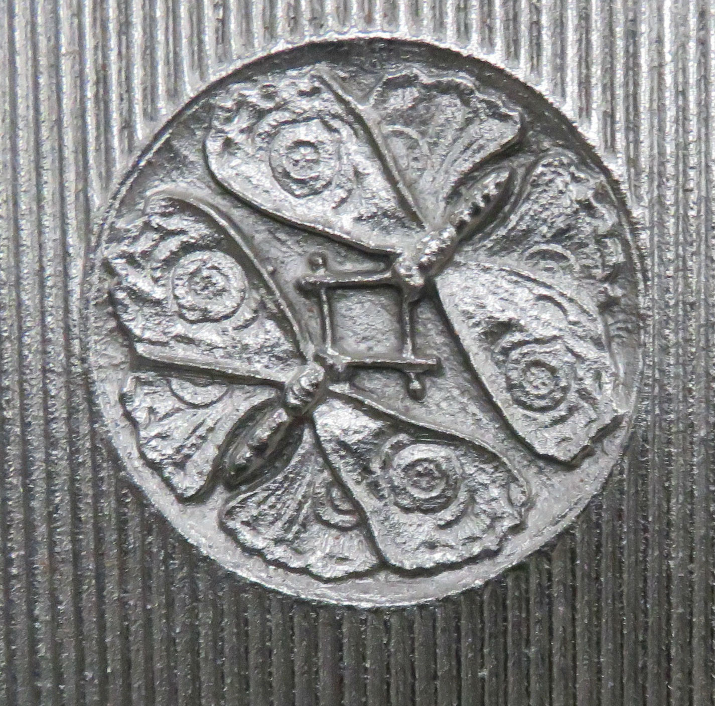 Jeckyll insignia.jpg