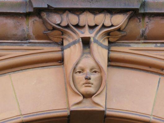 Face Hippodrome_1.jpg