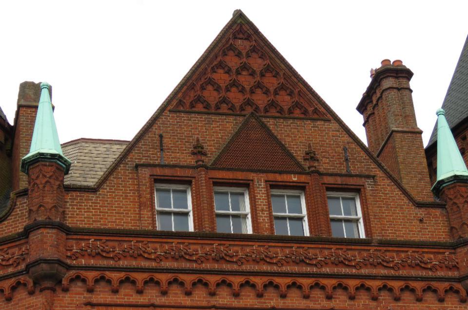 Royal Hotel detail_2.jpg