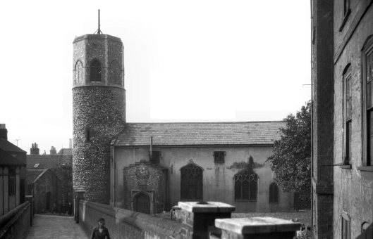 St Benedict's south side from church alley [0140] 1934-06-28