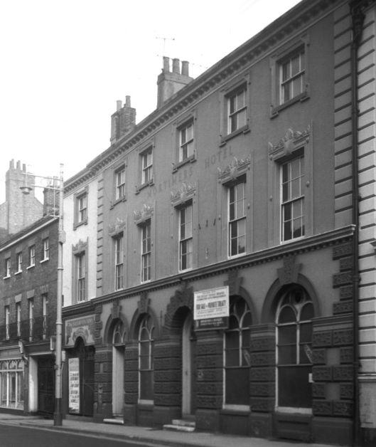 St Giles' St 34 former Mortimer's Hotel [5278] 1969-08-16.jpg