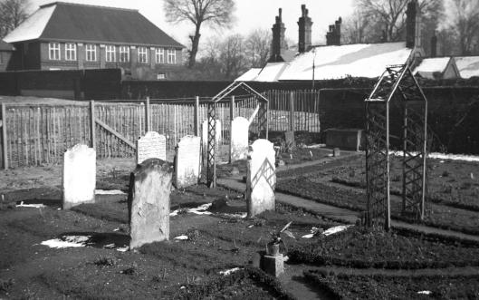 Oak St Talbot Square Hebrew cemetery [1514] 1937-03-26.jpg