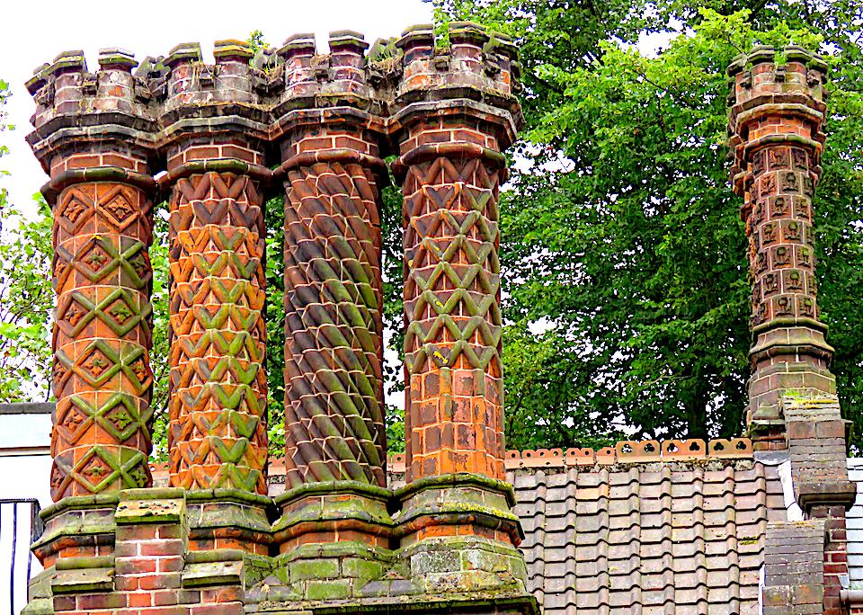Guntons chimneys Norwich.jpg
